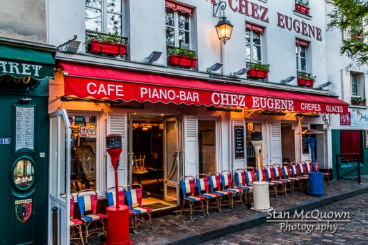 Cafes starting to open for the day at Place du Tertre!
