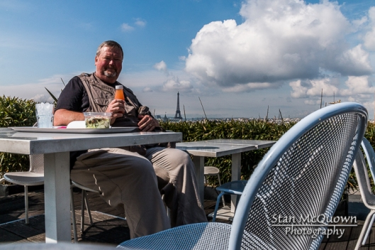 Lunch time at the Rooftop Cafe Deli-cieux! 360 degree view of Paris and it was an outstanding day to be on the roof!