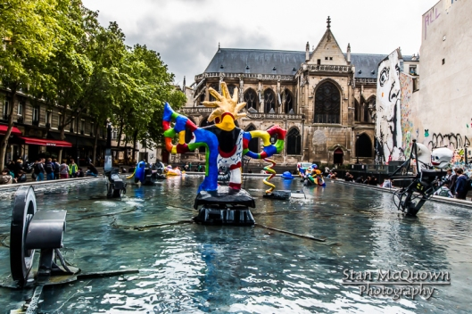 Fontaine Stravinsky and the Paroisse Saint Merry Church!